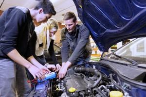 Motorentechnik für die Ausbildung