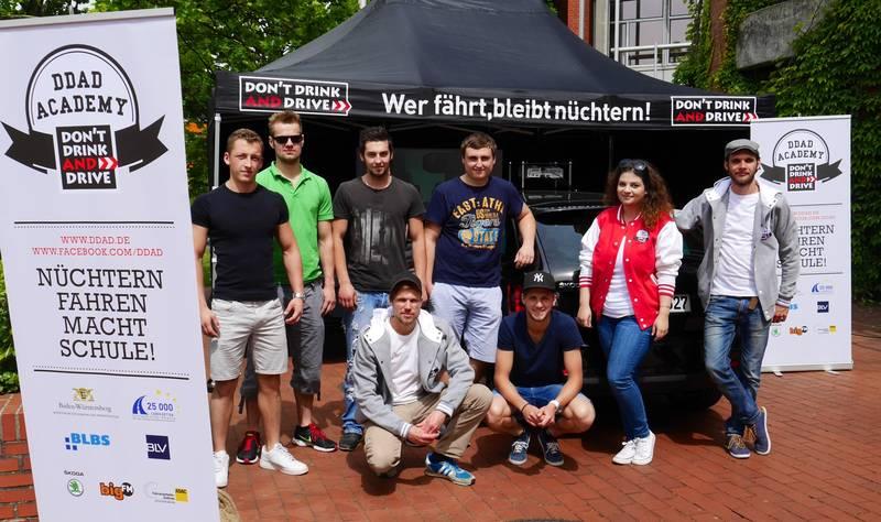 """Nüchtern fahren macht Schule –  Die """"DON´T DRINK AND DRIVE Academy"""" zu Gast in der Carl-Benz-Schule"""